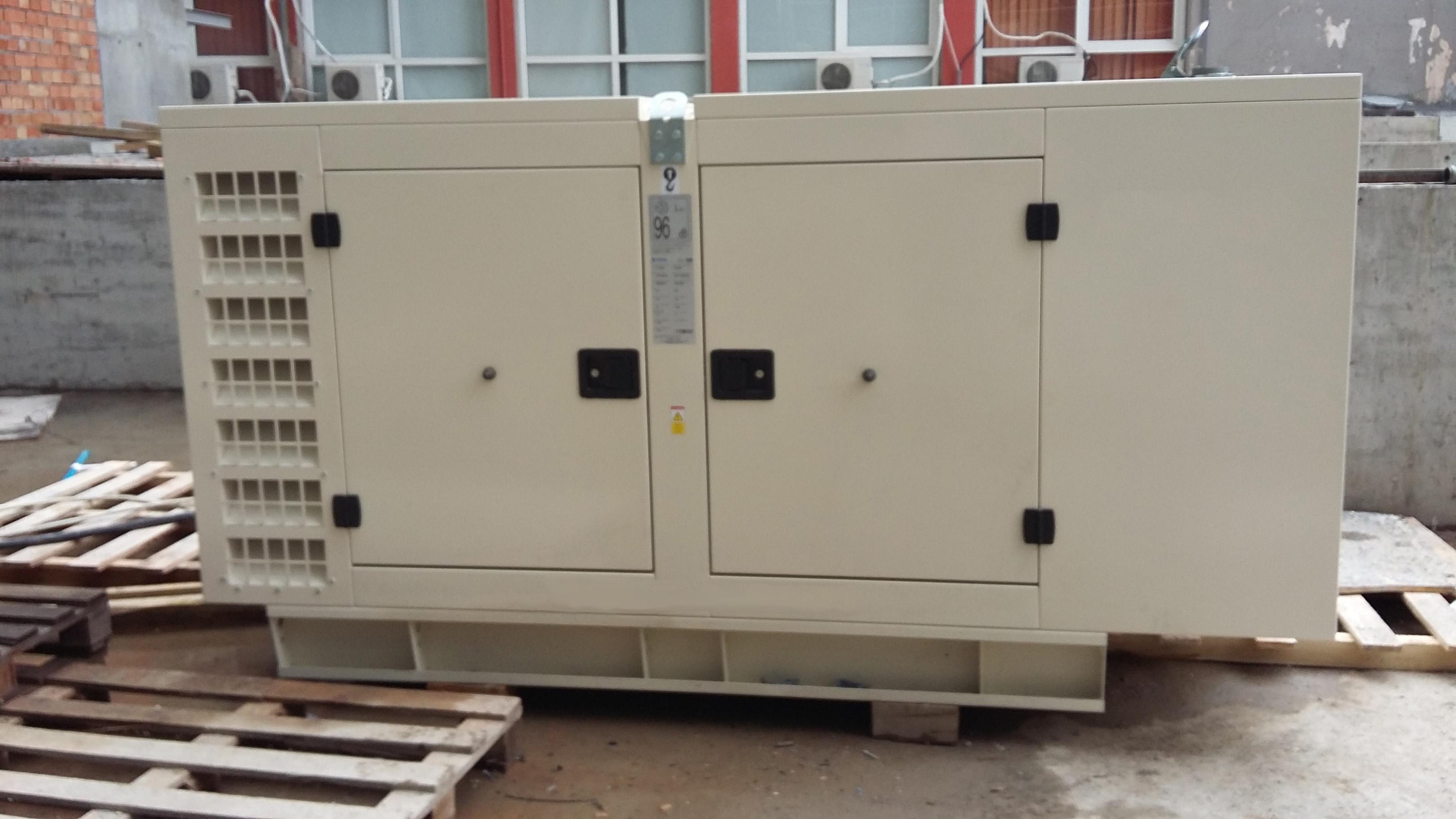 Inchiriere generator electric sel de 250 kVA